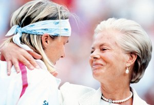 Jana Novotna Crying >> Game and first set | Re-Inventing Better Fools